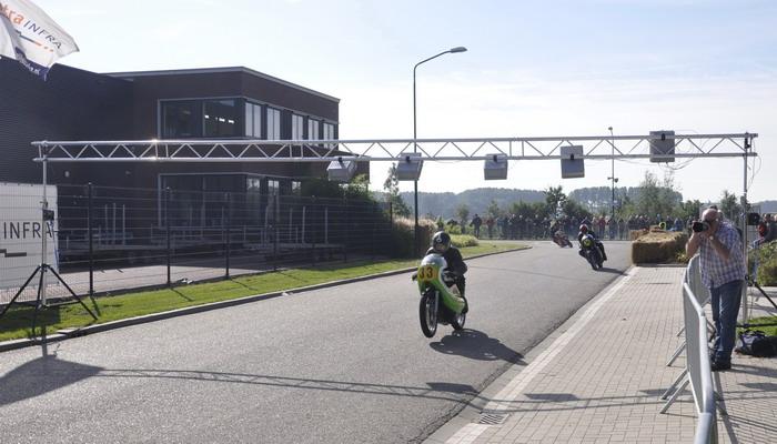 JaHoma ChipTiming Rondetellen tijdens de ClassicRacingTeam Motorraces te Giessen.